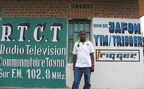 radio_station_02