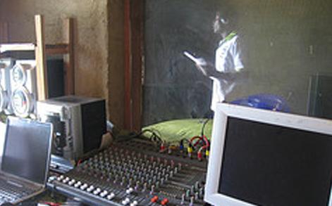 radio_station_03